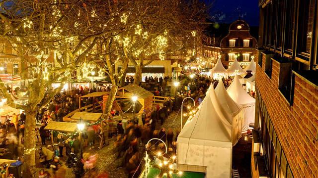 Weihnachtsmarkt Kempen.Soziales Engagement Aki Kommunikation E K